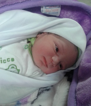 تولد نوزاد 4.7 كيلوگرمي